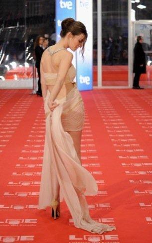 Maria Valverde Premios Goya 2011 espalda