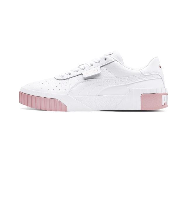 Zapatillas blancas con plataforma rosa