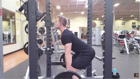 Rack pull: una variante del peso muerto más centrada en la musculatura de la espalda