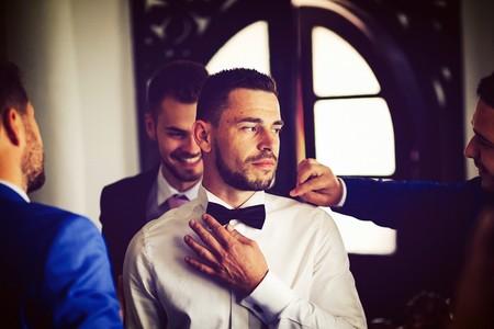 Cómo debería maquillarse un hombre el día de su boda