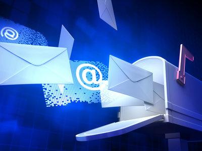 ¿Alguien se acuerda del correo tradicional? Así nos cambió la vida el e-mail