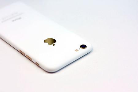 Apple podría lanzar un nuevo color para el iPhone 7: Blanco brillante