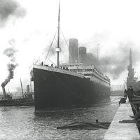 Las cuatro loquísimas teorías conspiranoicas que dicen que el Titanic no se hundió por el iceberg