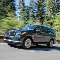 El Lincoln Navigator 2022 estrena facelift y un sistema de conducción manoslibres
