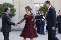 Marsala, el color del 2015, llega al armario de la reina Letizia para aterrizar en el lujo parisino