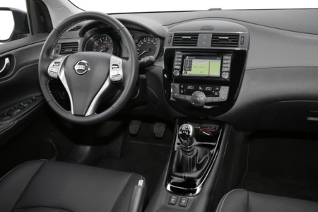 Nissan Pulsar 2016 18