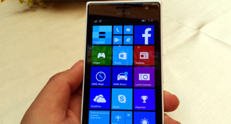 Nokia Lumia 7365 Equipo