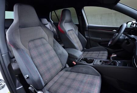 Volkswagen Golf GTI asientos