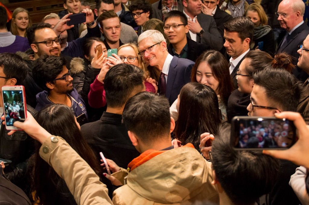 Tim Cook 2017 Feb 08