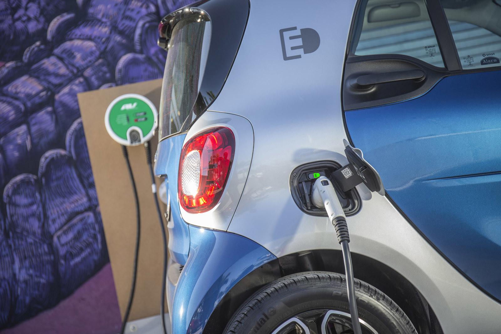 Foto de smart fortwo Electric Drive, toma de contacto (302/313)