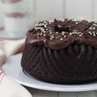Bundt cake de doble chocolate. Receta de Martha Stewart