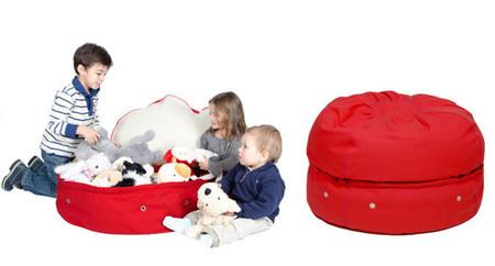 Un puf en el que además puedes guardar los juguetes del bebé