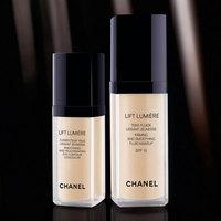 Lift Lumiere de Chanel se abre paso iluminando