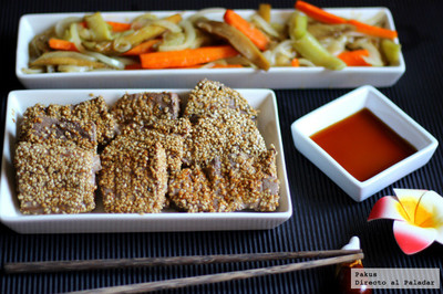 Atún al estilo oriental con verduras salteadas. Receta
