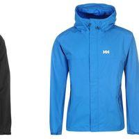 La chaqueta para hombre Helly Hansen Coastal está disponible en tres colores desde 54 euros en SportsDirect