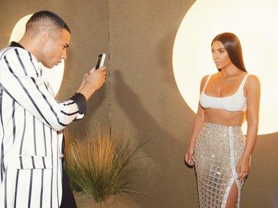 Kim Kardashian luce cintura de avispa en la fiesta de Balmain celebra en Los Ángeles