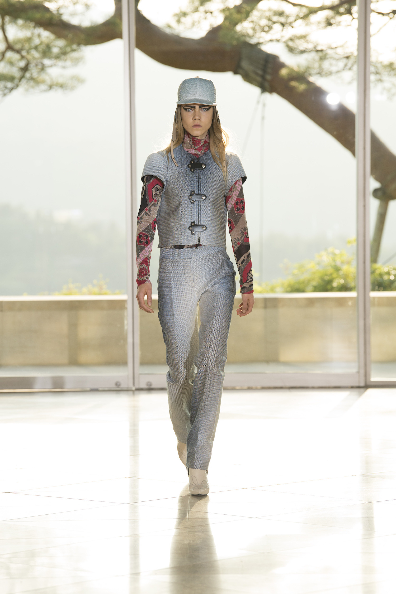 Foto de Louis Vuitton Resort 2018 (25/51)