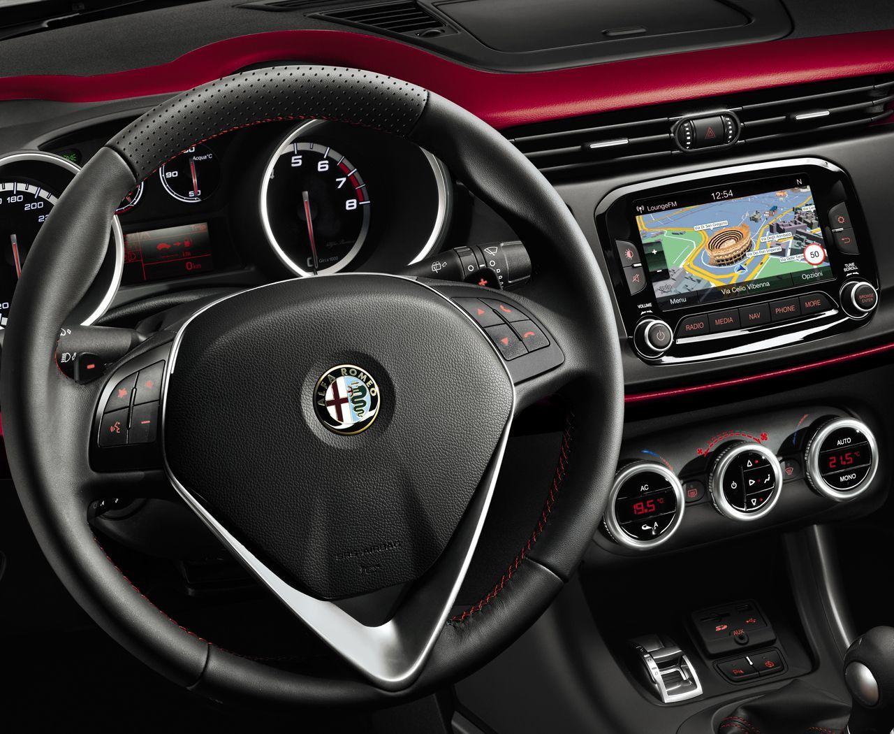 Foto de Alfa Romeo Giulietta 2014 (23/38)