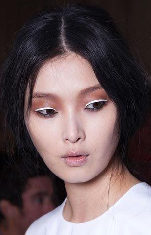 Eyeliner Blanco 5