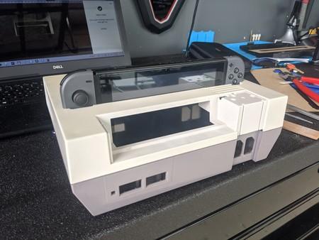 Una NES como dock para la Nintendo Switch: así es la segunda vida que le ha dado este usuario a su antigua consola