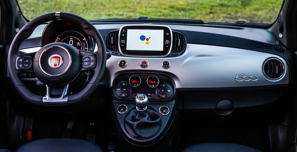 Fiat 500 Hey Google: incorporación total con el Asistente de Google™ para interactuar con el vehículo en remoto