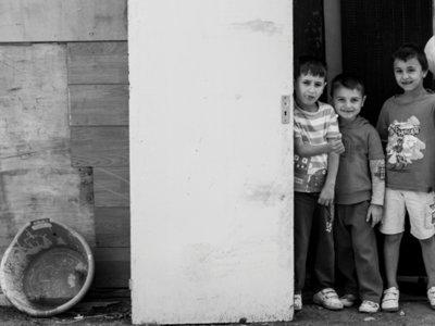 La mirada de Mugur Chiujdea, un fotógrafo rumano en las calles de Cañada Real