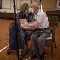 Pese a todo, los mayores han sido más felices y han resistido mejor psicológicamente a la pandemia
