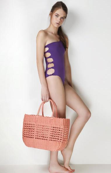 Foto de Tendencias en trajes de baño verano 2011 (9/10)
