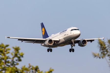 Hacia la nacionalización de las aerolíneas: por qué Europa está rescatando al sector aéreo