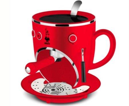 Bialetti Tazzona: soy una taza, una cafetera...