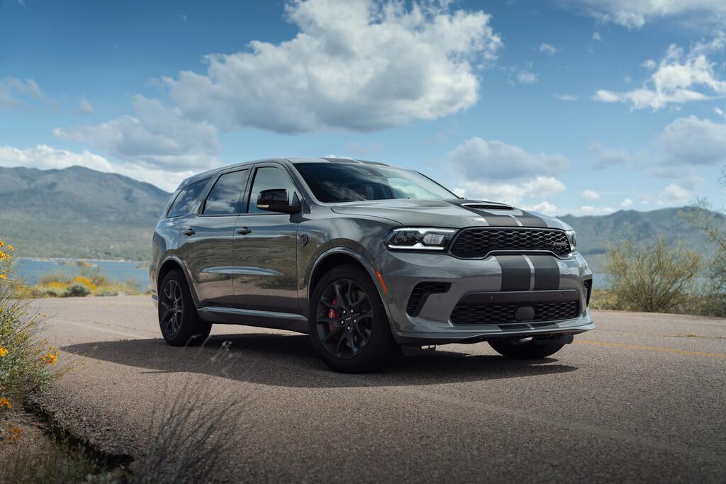 El Dodge Durango SRT Hellcat, su V8 de 710 hp y su 0-100 km/h de 3.5 segundos ya tiene precio en México