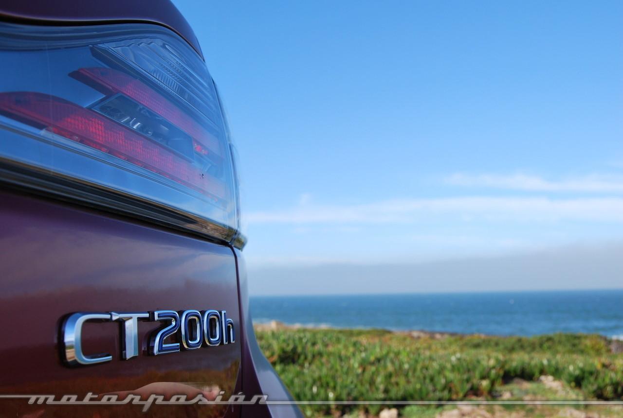 Foto de Lexus CT 200h (presentación) (35/56)