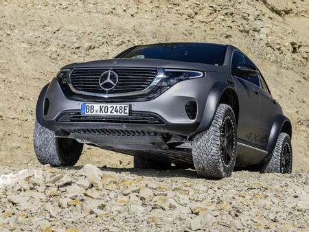 Mercedes Benz Eqc 4x42 12