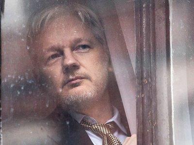 'Risk', tráiler del documental sobre Julian Assange de la directora de 'Citizenfour'