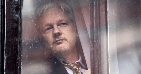 'Risk', tráiler del documental sobre Julian Assange de la directora de 'Citizenfour'