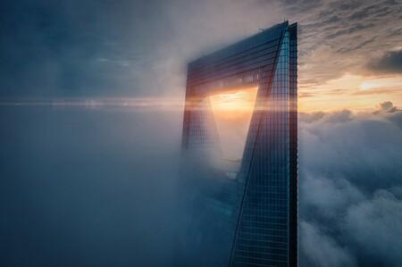 55789 - Rex Zou - Sunrise on the Top