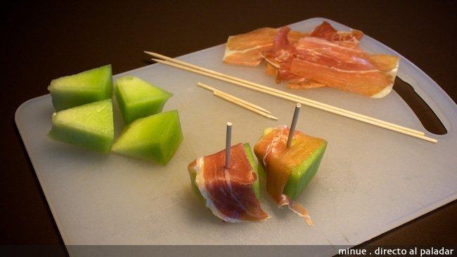 melón con jamón - elaboración