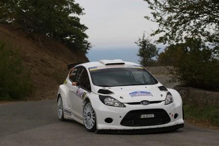 Mikko Pajunen termina líder la primera etapa del Yalta Rally