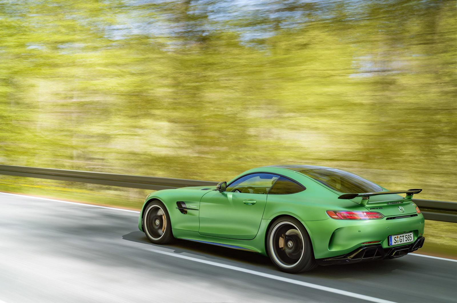 Foto de Mercedes-AMG GT R (18/30)