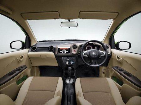 Honda Brio inteiorr