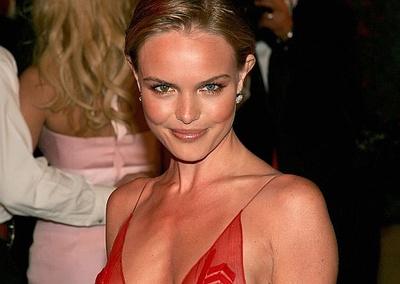 Kate Bosworth y Alexander Skarsgard en el remake de 'Perros de paja'