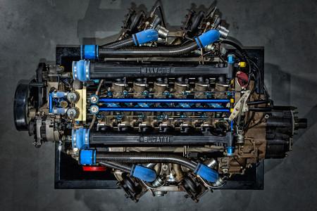 Bugatti EB110 motor
