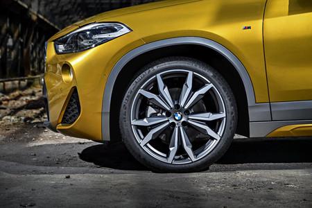 BMW X2 llanta