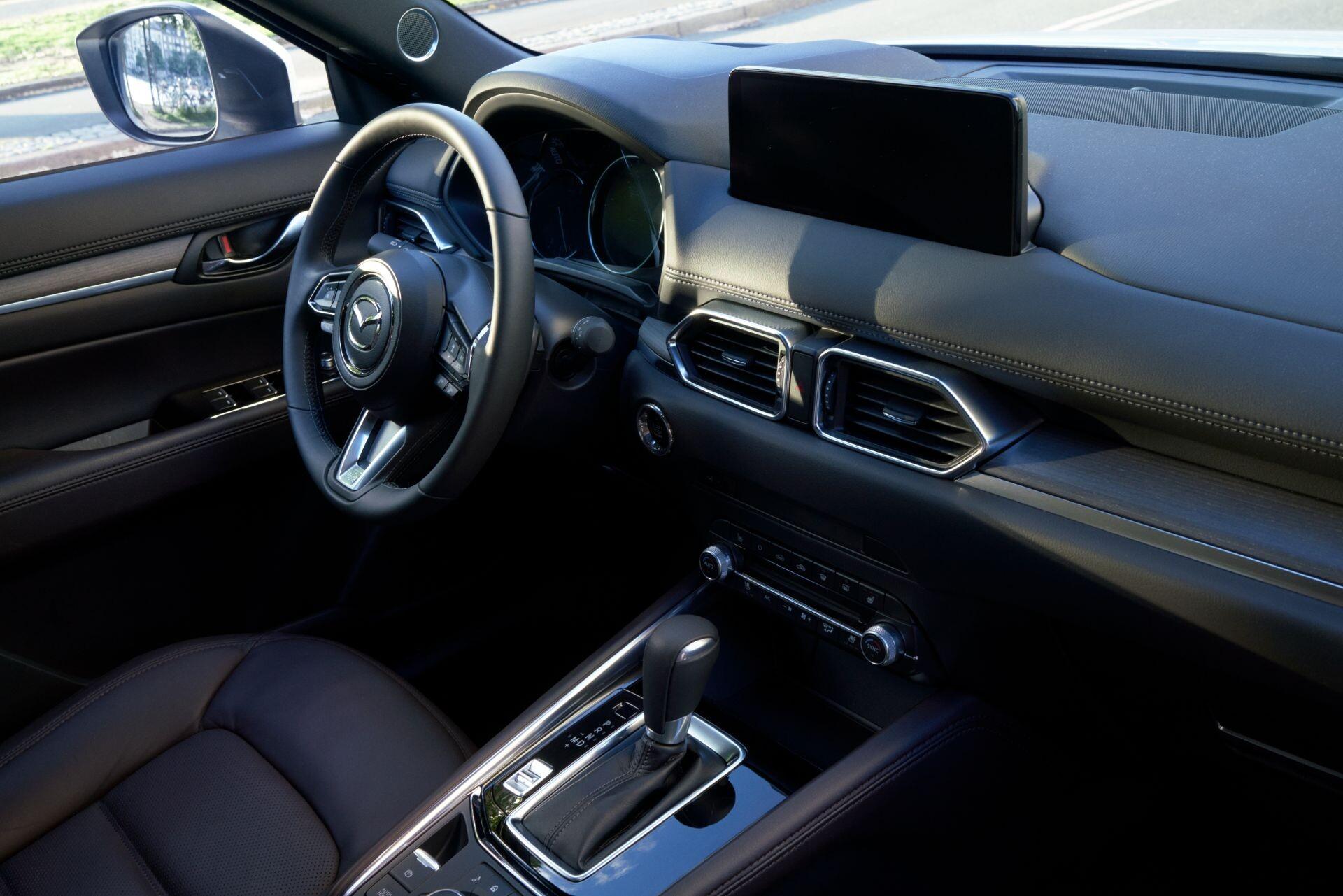 Foto de Mazda CX-5 2022 (21/29)