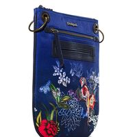 Por 27,97 euros podemos hacernos con este  bolso de estilo bandolera Birdpalm en Desigual con envío gratis