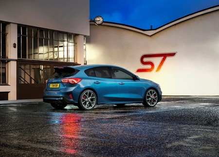 Ford Focus St 2020 1600 48