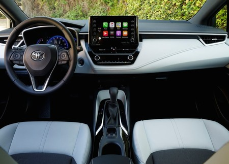Toyota Corolla Sedan 2020 Interior