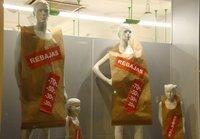Las ventas textiles en estas rebajas 2012 se mantienen respecto a las del año anterior