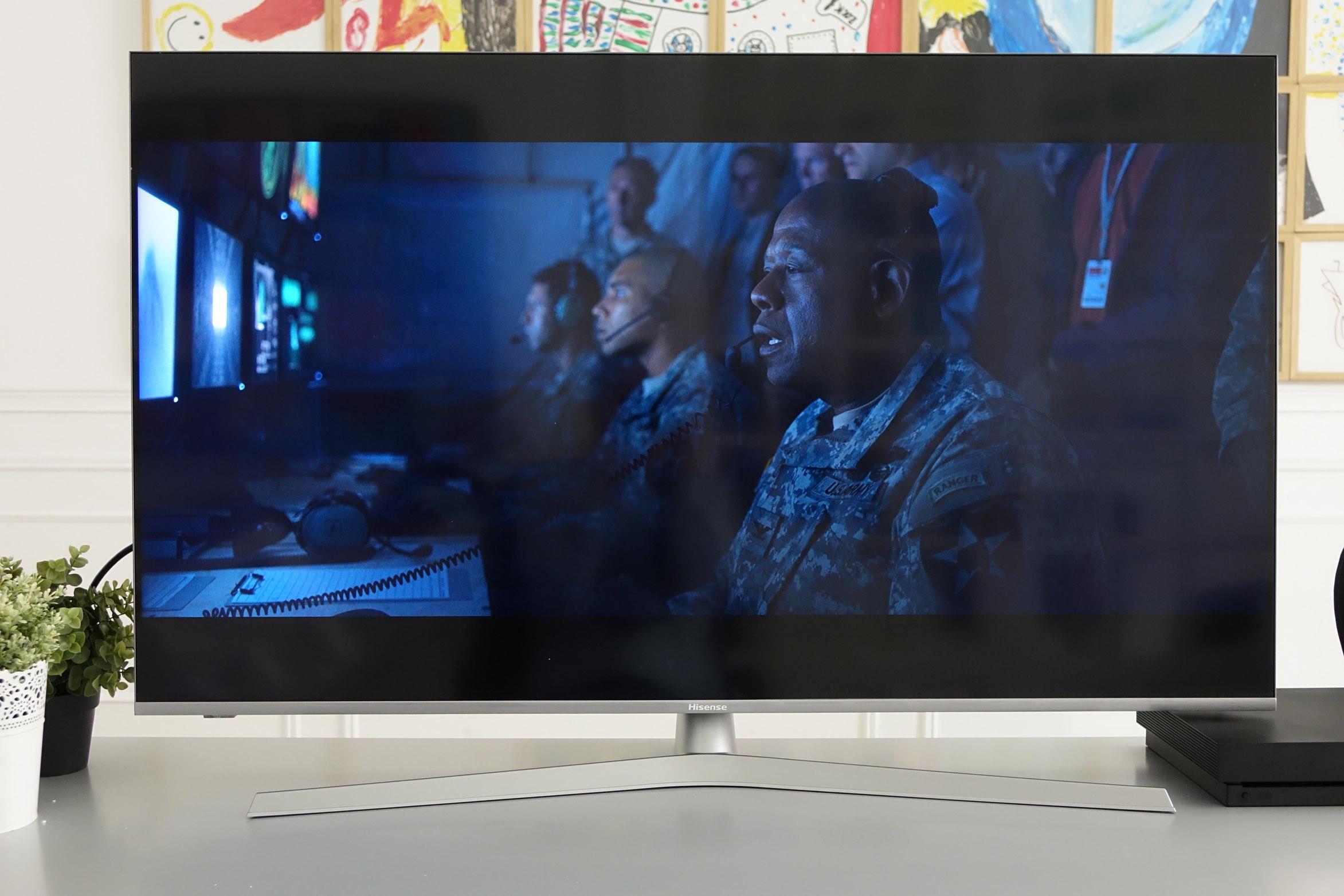 Foto de Televisor Hisense H50U7B ULED 4K UHD (2/48)
