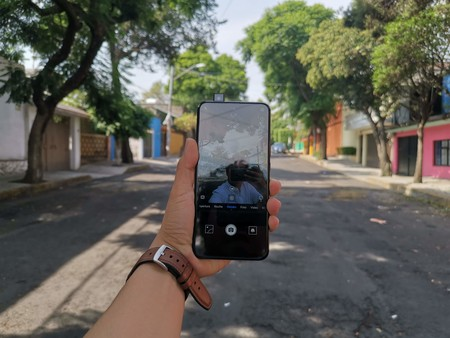 Y9 Prime, primeras impresiones: la cámara retráctil más barata en México es de Huawei